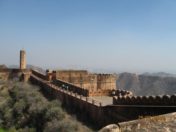 Jaigar Fort Jaipur Travel Guide